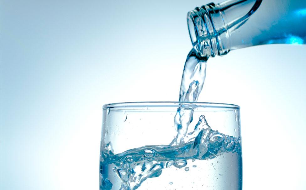 Gratis Wasser in den Limousinen von Your Transfer Bad Homburg